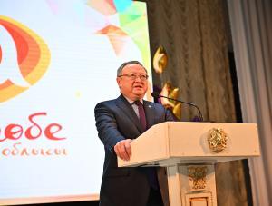 В Актюбинской области чествовали лучших педагогов и одаренных детей