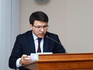 Ондасын Уразалин: Подрастающее поколение должно ощущать заботу государства