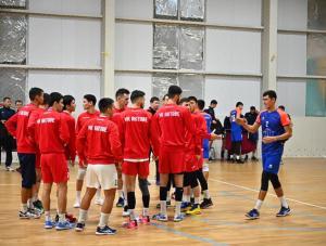 В Актобе проходит 2 тур Высшей лиги по волейболу среди мужчин
